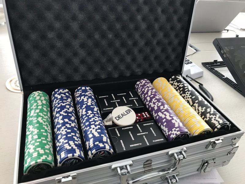 Poker 818 para marca mundial demóveis
